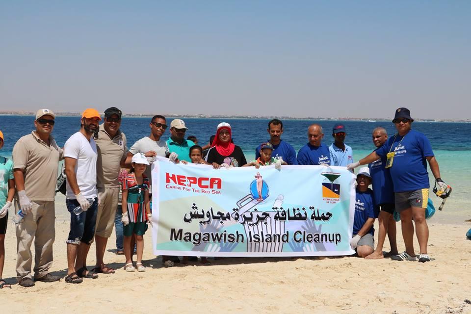 HEPCA and Local Divers Clean Magawish Island - Qahwet Masr